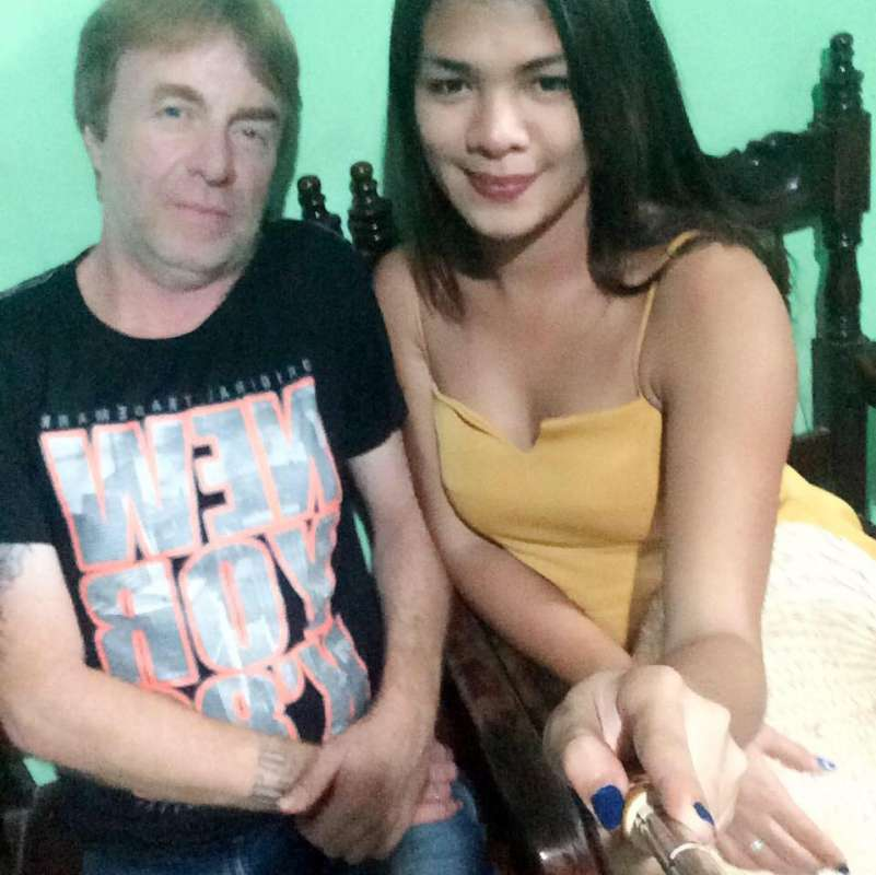 thank you so much ladyboy kisses for your site i finally found my man of my dreams :) were happy together :))